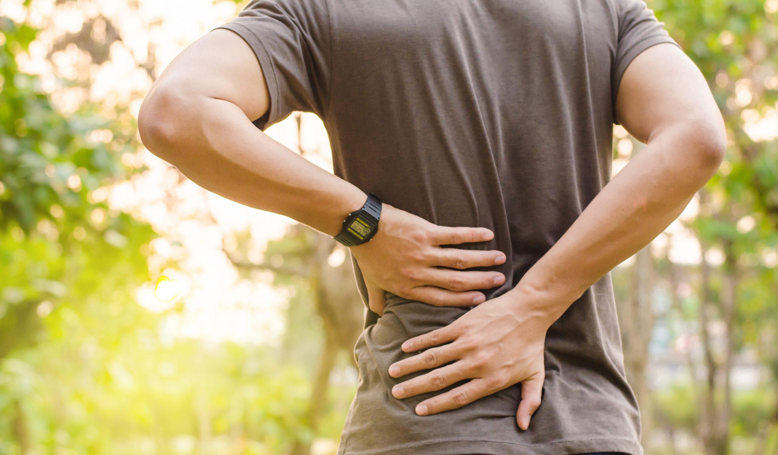 Dores nas costas: 5 dicas para amenizar e prevenir